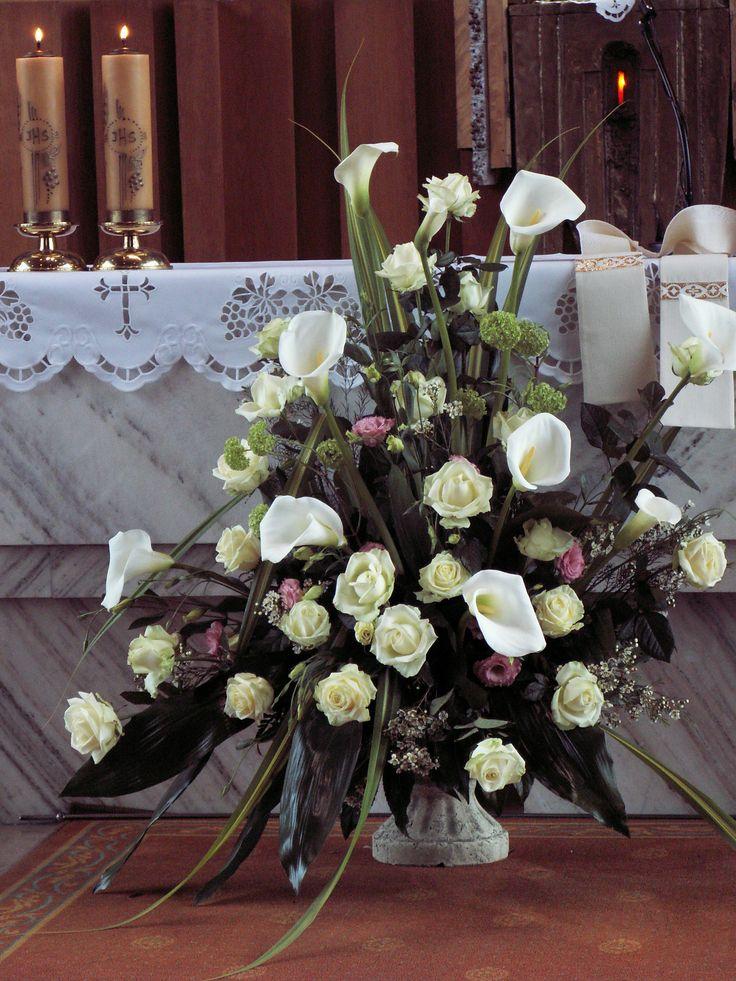 Church Wedding Flower Arrangement, made of calla lilies