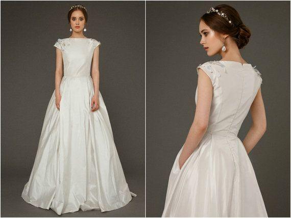 1000+ Ideas About Taffeta Wedding Dresses On Pinterest