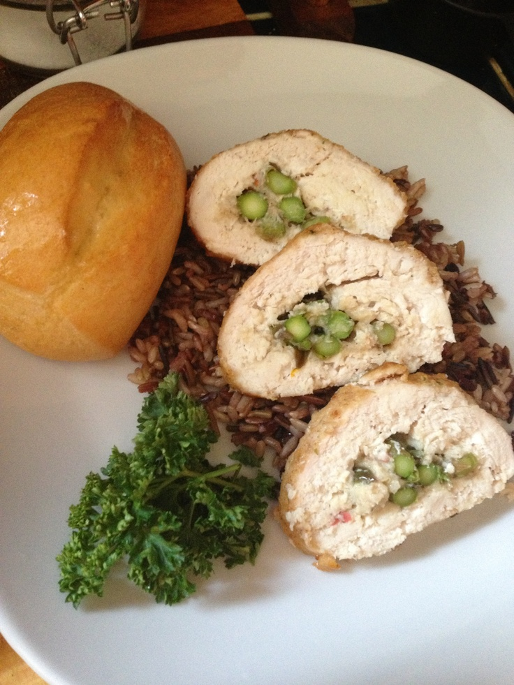 Chicken Oscar, Wild Rice and Rolls catering ideas