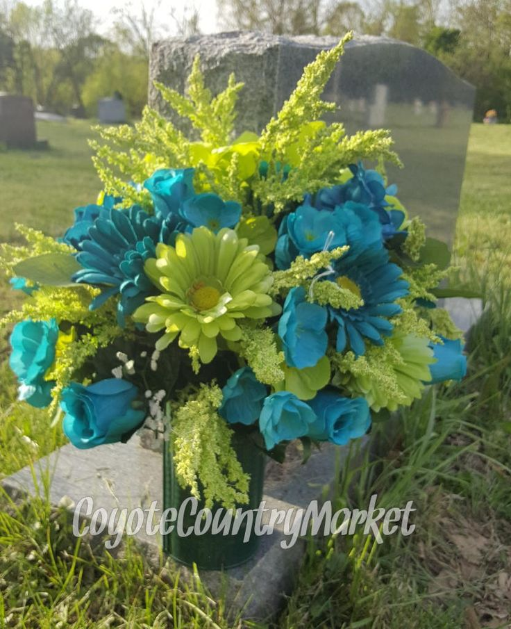Best 25 Memorial Flowers Ideas On Pinterest Funeral