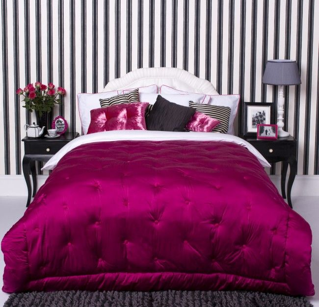 Hot Pink Black And White Sbook Backgrounds Glamorous Bedroom Design With Pinstripe