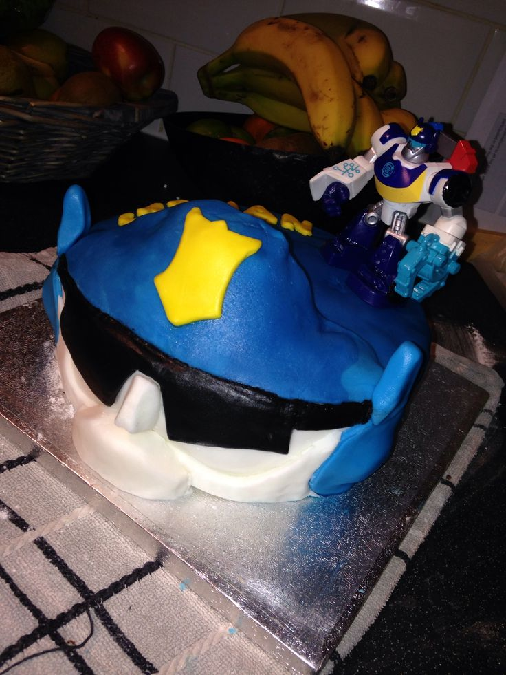 Transformers Rescue Bots Chase The Police Bot Cake