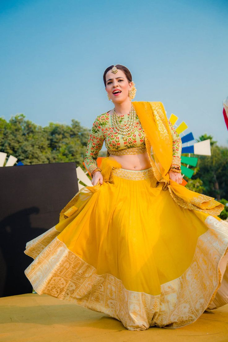 Yellow Mehendi LehengA By Anju Modi Mehendi