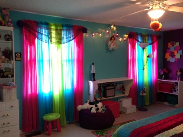 Tween Bedroom Live The Different Colors Of Curtains