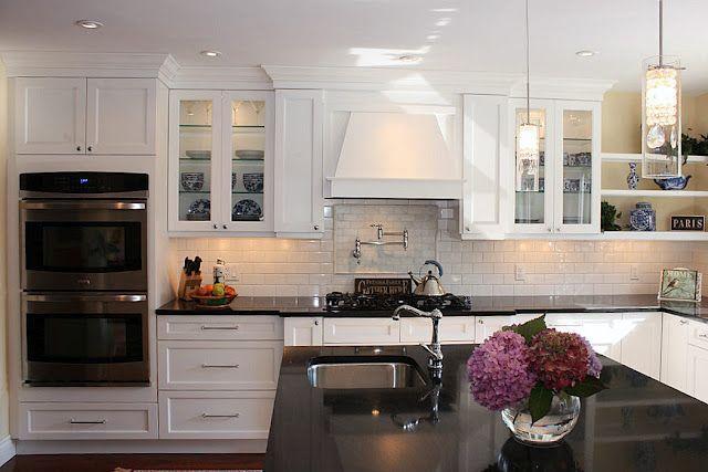 Love The Shaker Style White Cabinets Black Granite