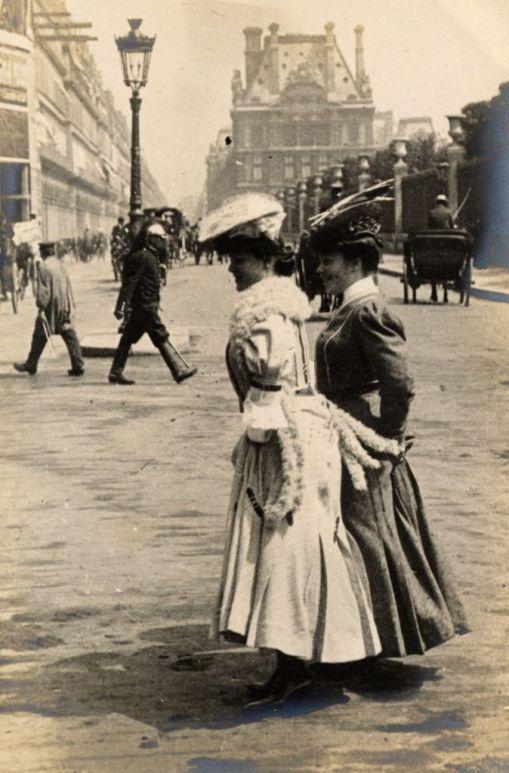 Paris, 3rd June 1906, rue de Rivoli: