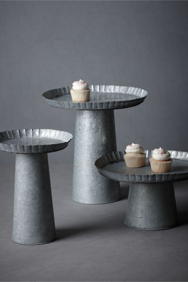 Staggered Cake Stands An Alternative To Stacking Our