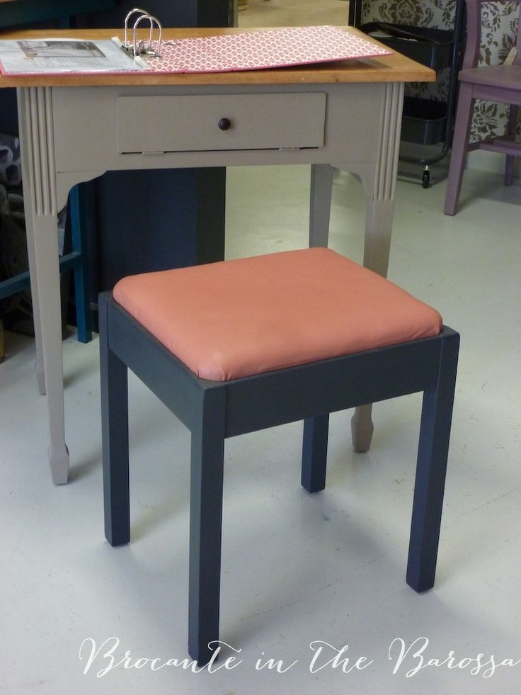 Shabby Vintage Sewing Machine Stool Painted In Chalk Paint