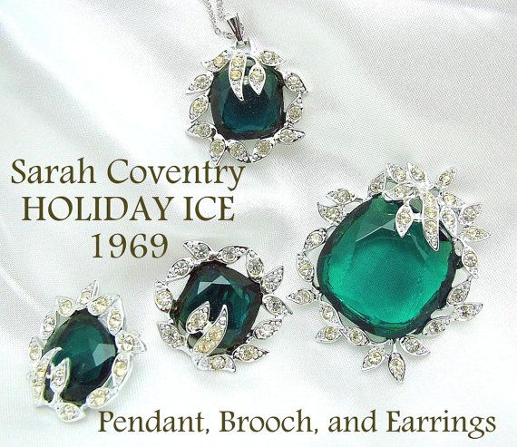 Vintage Sarah Coventry HOLIDAY ICE Necklace By