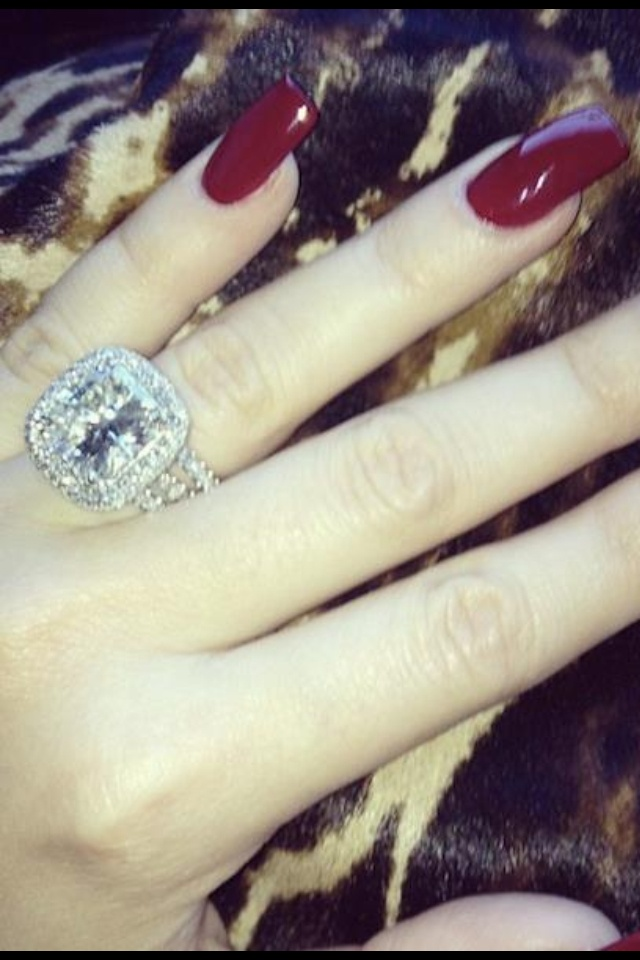 Khloe Kardashians Engagement Ring From Lamar Odem