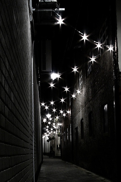 Joy's Entry, Belfast, Ireland.  Starry alleyway wish i would have known about this when i was there