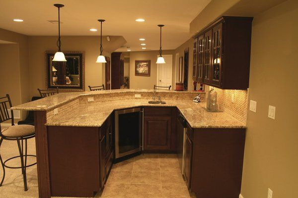 Wet Bar With Granite Counter
