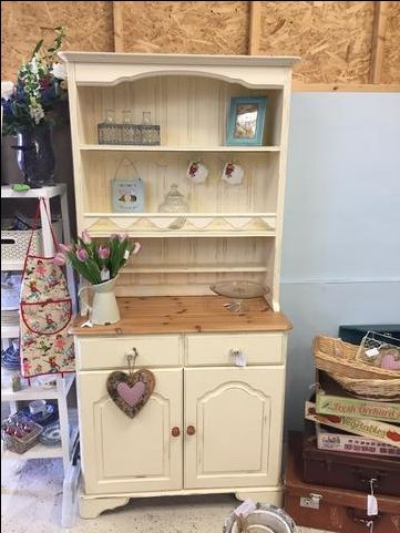 1000 Ideas About Pine Furniture On Pinterest Solid Pine Furniture Rustic Pine Furniture And