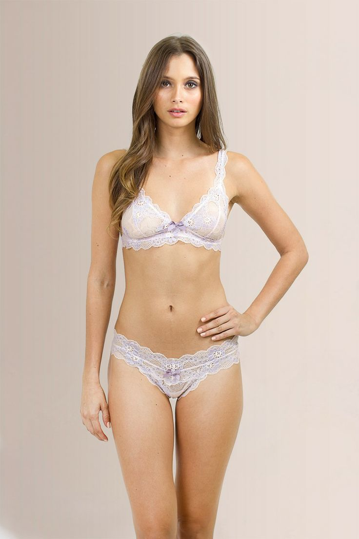 Perfect For Valentines Day Eberjey Daisy Bralet Set