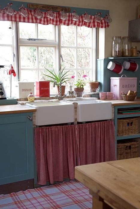 25 Best Ideas About Red Country Kitchens On Pinterest