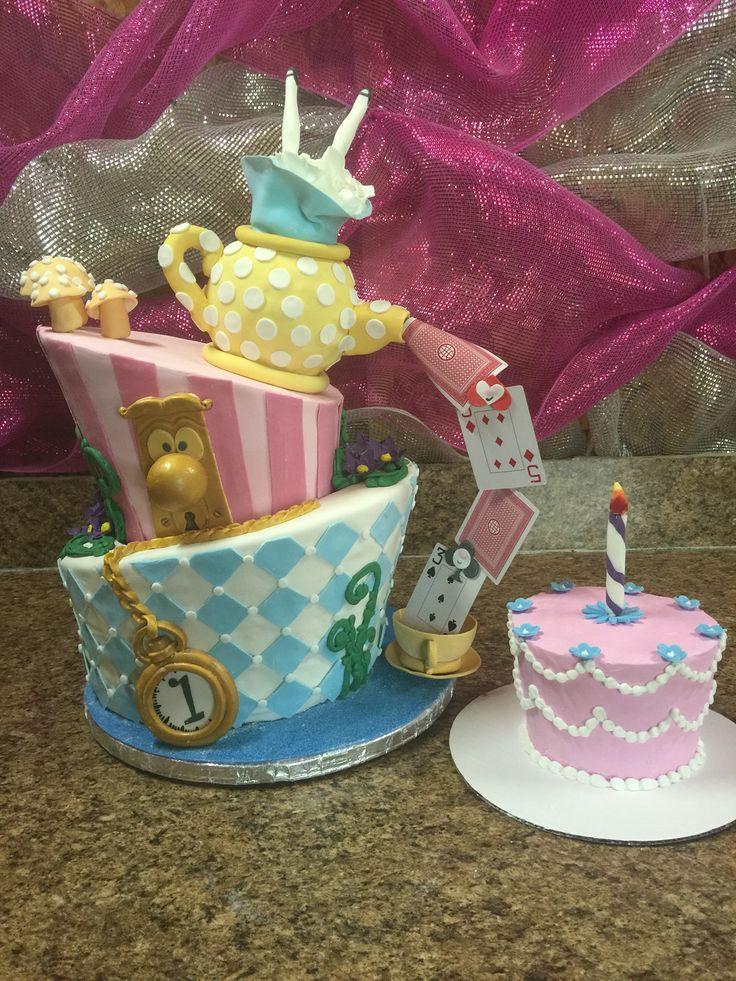 Alice In Wonderland Cake And Smash Cake Cake Pinterest Smash Cakes Alice In Wonderland
