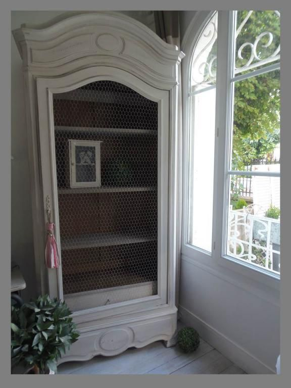 ARMOIRE BIBLIOTHEQUE GRILLAGEE PATINEE PERLE Relook Par