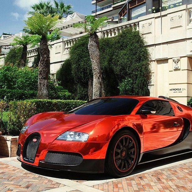 Mirrored Chrome Red Bugatti Veyron Luxury Car Lifestyle