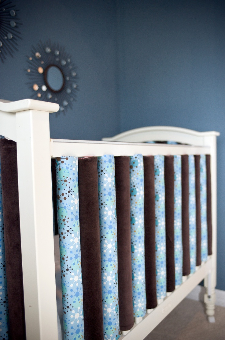 crib bumpers go vertical #baby #nursery #crib #bumpers–Love this bc I am a new
