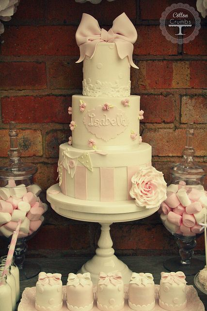 Isabelle's christening cake | Flickr – Photo Sharing!