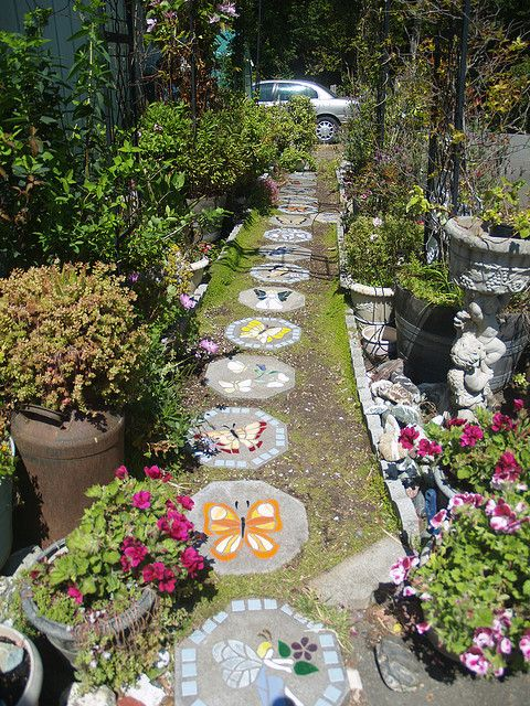 I want a path of mosaic stepping stones in my garden