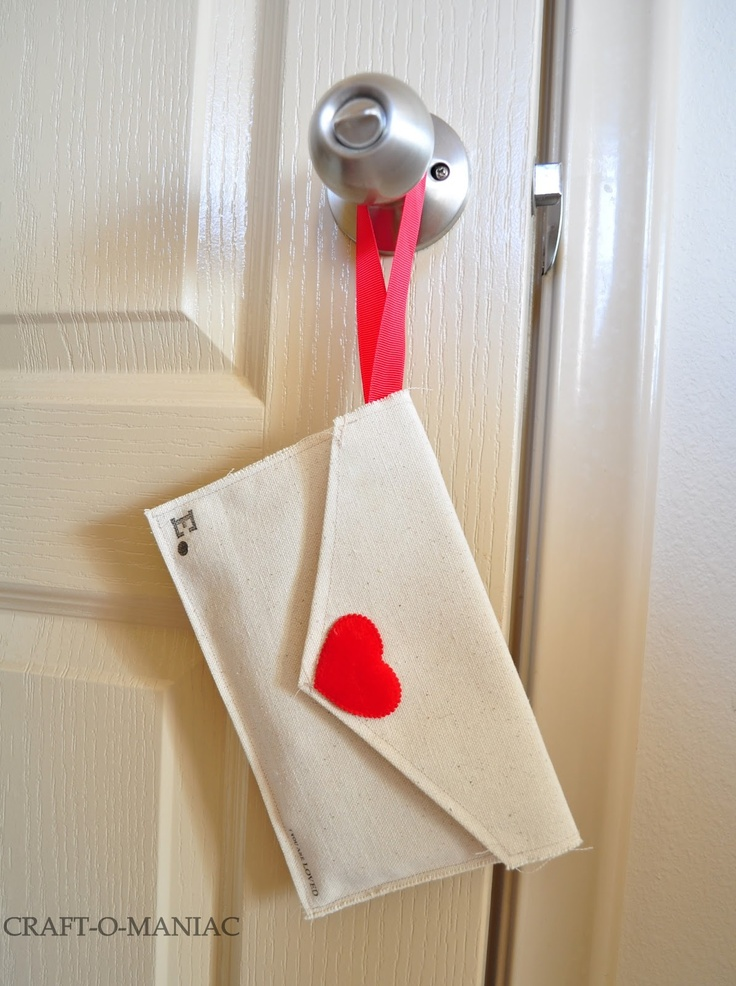 super cute valentines idea for the kiddos!  DIY Fabric Envelopes Tutorial  Looks like a great PB kids knock off!!