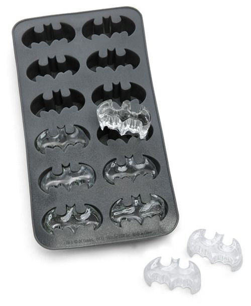 Batman Icecube Tray @Alicia Crabb t