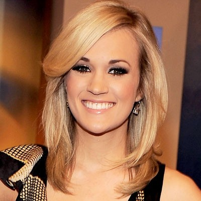 carrie underwood shoulder length hair dark with blonde highlights all over love this cut