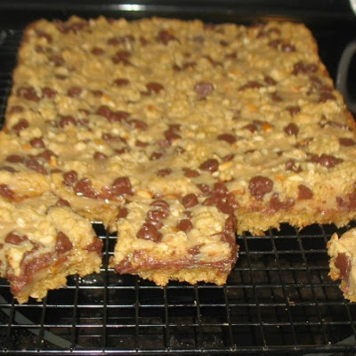 Chocolate PeanutButter Bars…i was planning 2 wear my fat jeans tomorrow ANYWAY!