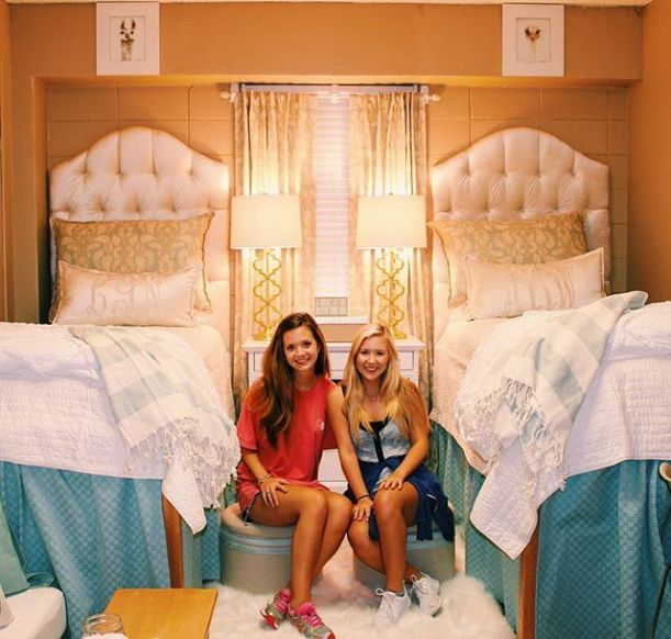 This viral ole miss dorm room is so cute!