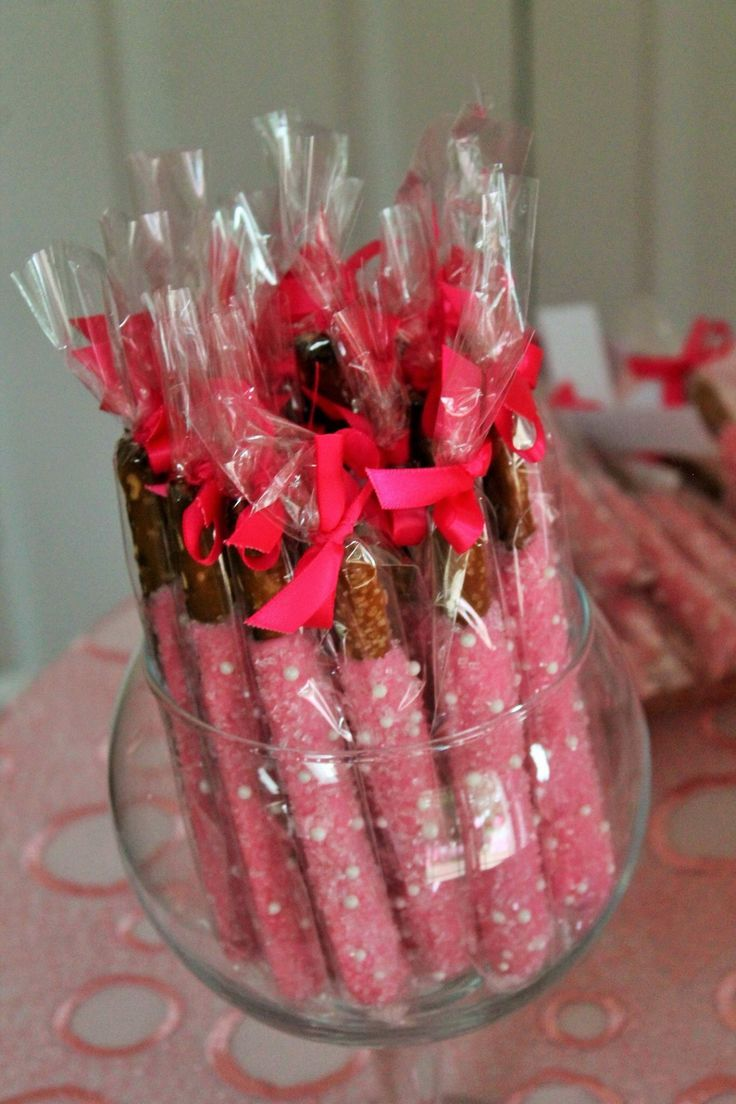 Chocolate Covered Pretzel Rods A Beautiful Display Pic