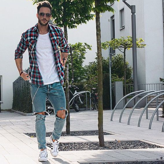 ways to wear men's sneakers