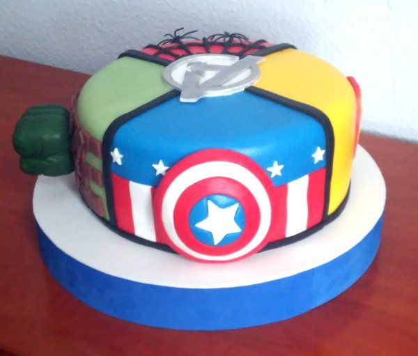 17 Best Ideas About Avenger Cake On Pinterest Avengers