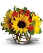 Imagini pentru sunflower arrangement