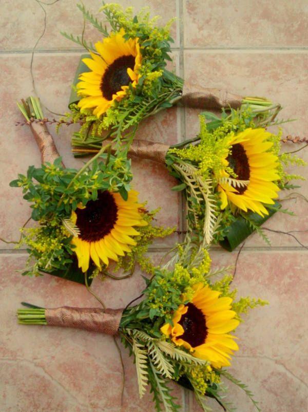 Superb Lovely The 25 Best Sunflower Table Centerpieces Ideas On Interior Design Ideas Inesswwsoteloinfo
