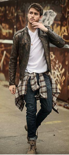 Hot: Hombres con camisa cuadrillé y botines con caña, disponibles en la tienda Vans de Mall Sport #Vans