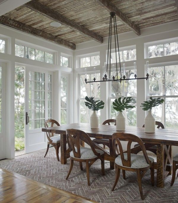 """Brick """"rug"""" is a cool idea. Don't have to worry about scraping the wood with the chairs. Hmmmm . . ."""