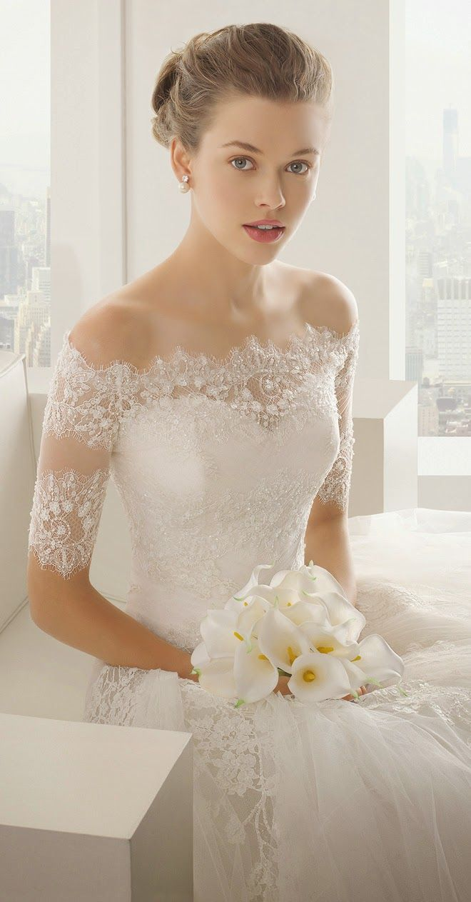 Beautiful lace sleeves wedd