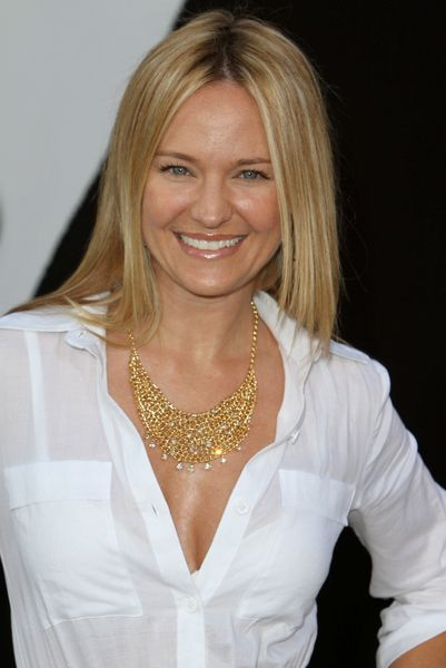 Sharon Case Sharon Case Pictures Sharon Case Arrives On