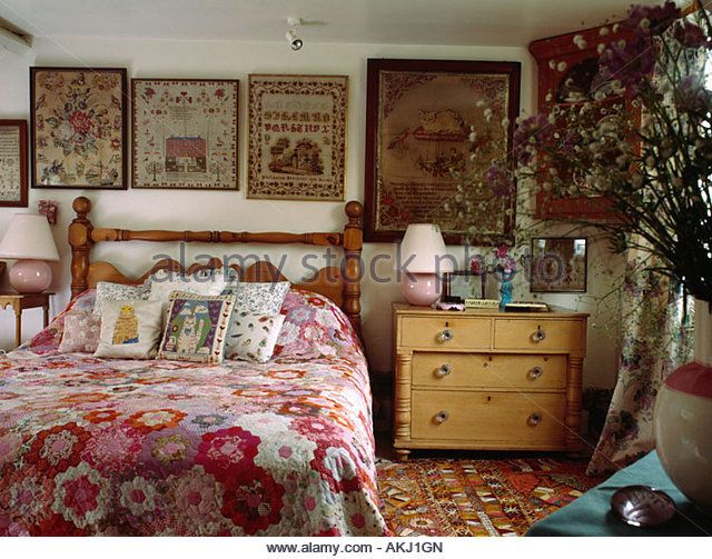 Best 25 English Cottage Bedrooms Ideas On Pinterest