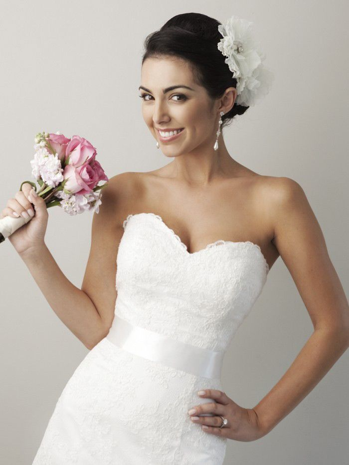 sweetheart lace a line wedding dress