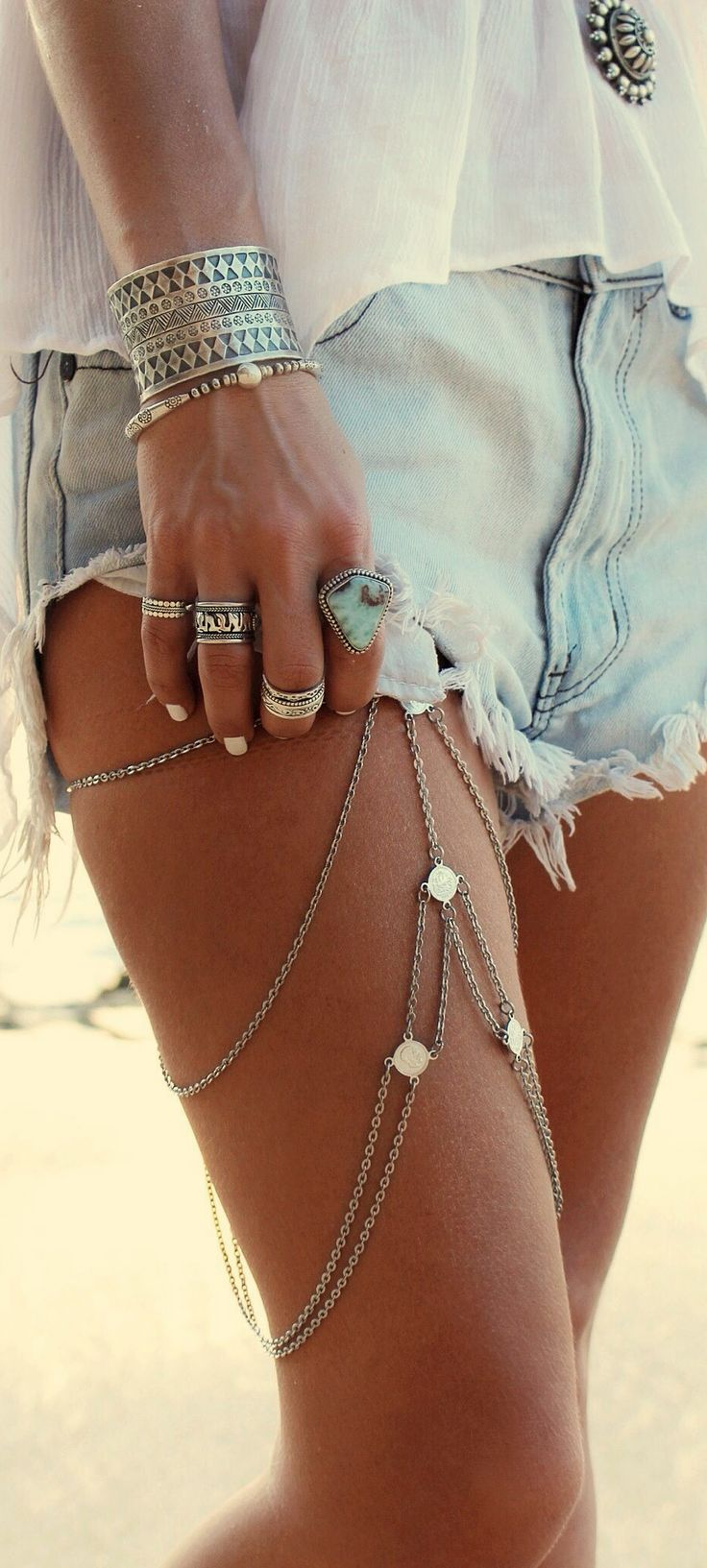 Does anyone know where you can find this type of jewelry?