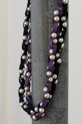 Pearl and grosgrain ribbon DIY necklaces. Customize the look of your necklace with our many pearl and ribbon color choices.