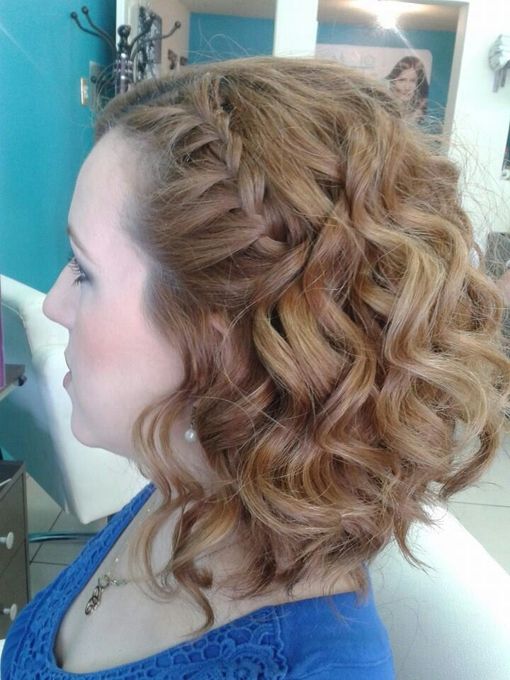 Peinado Ondas Con Trenza De Lado Lassio Salon Amp Make Up