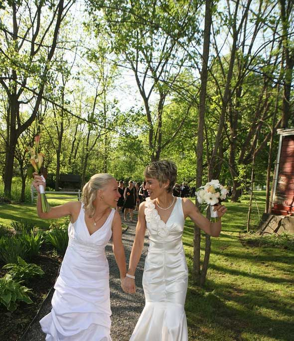 1000 Images About Lesbian Weddings On Pinterest Marriage Equality Photo Cakes And Lesbian
