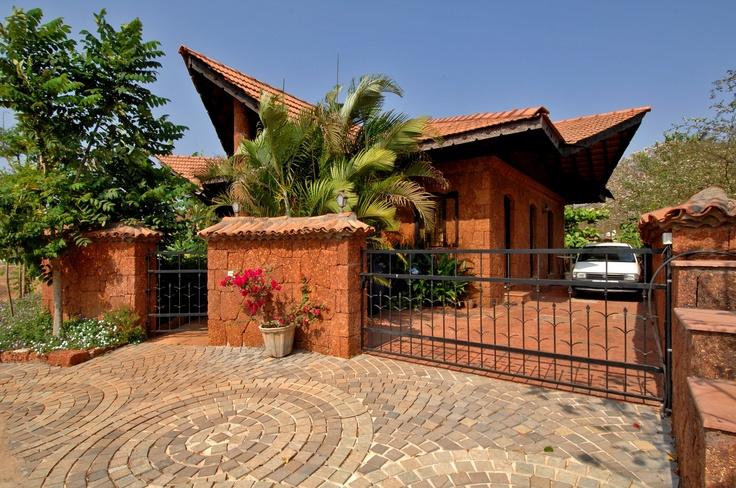 Beck's house by Dean D'Cruz , Goa, India. architecture