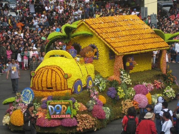 Panagbenga 2013 Float parade Bahay kubo made of fresh cut