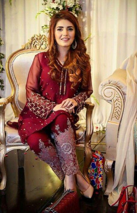 Momina Mustehsan Is Looking Gorgeous Celebrities