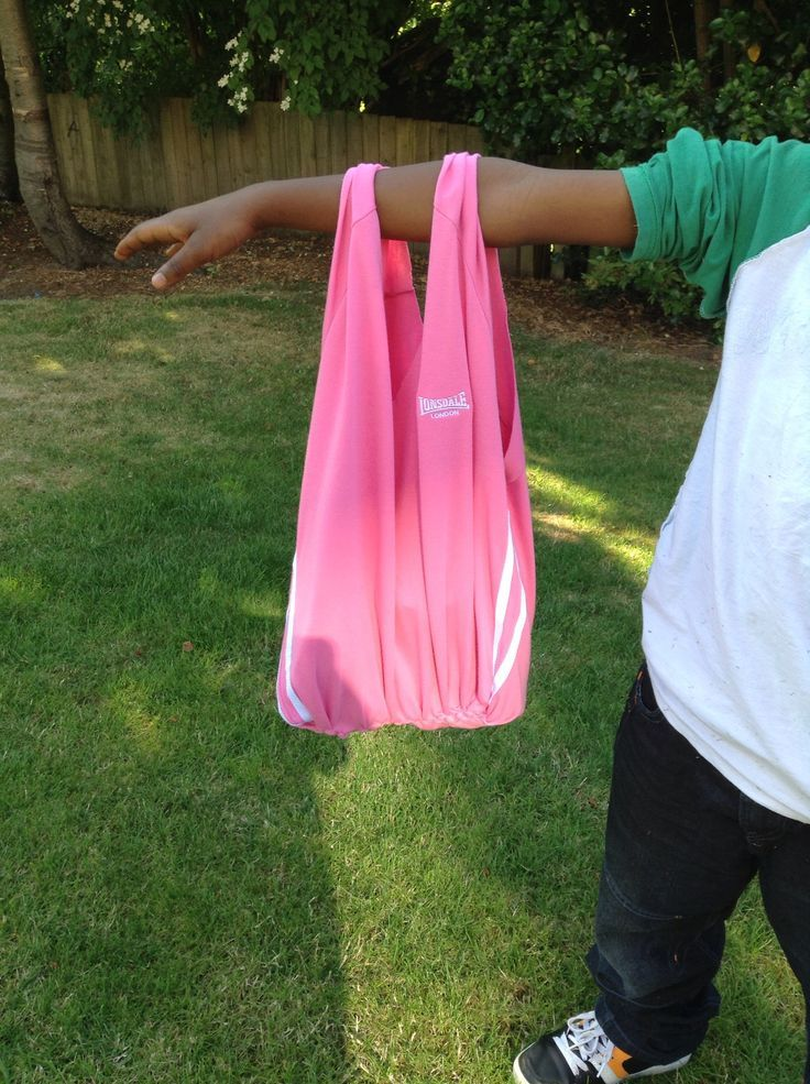 How to Make a Tote Bag From an Old TShirt (No Sewing