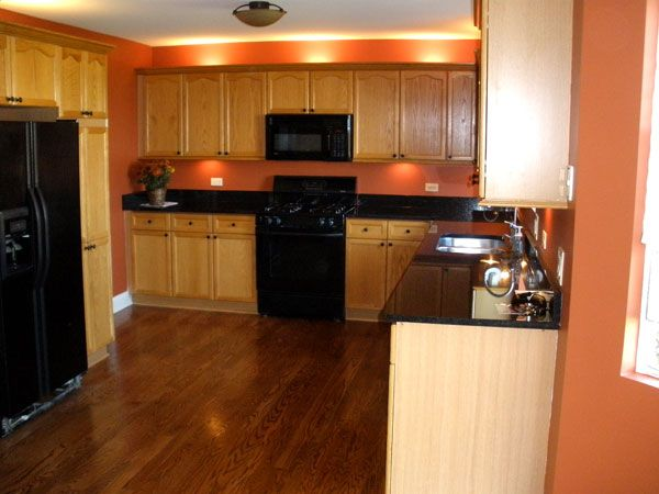I Sort Of Like This Wall Color For My Kitchen My Cabinets
